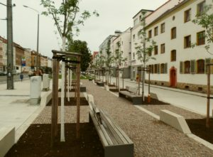 Leipzig Möckern: am dem öffentlichen Platz macht sich die soziale Entmischung bemerkbar
