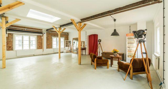 Einladung zum 45. Unternehmerstammtisch Leipziger Westen im Osthof Studio